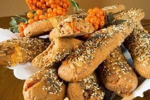 Ржаной хлеб с кунжутом от подергивания глаза при недостатке магния