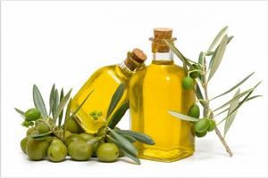 Массаж с помощью оливкового масла