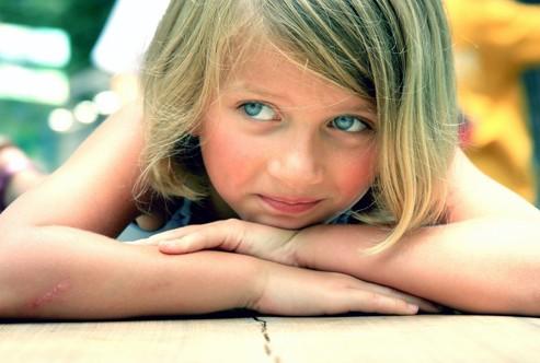 Девочка с голубыми глазами